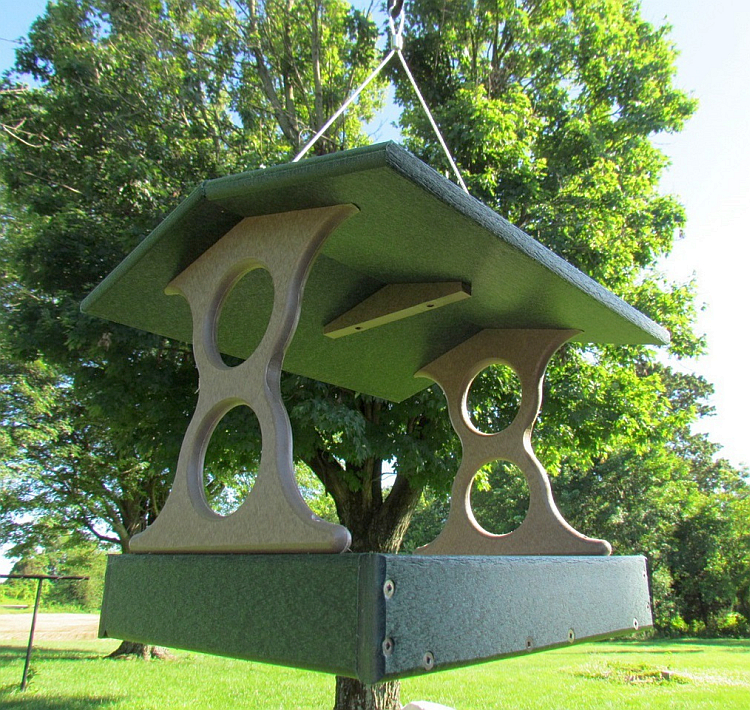 Recycled Poly Fly-Through Feeder Large Green/Tan